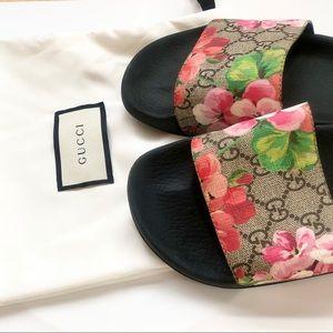 Gucci Blooms Supreme Slides